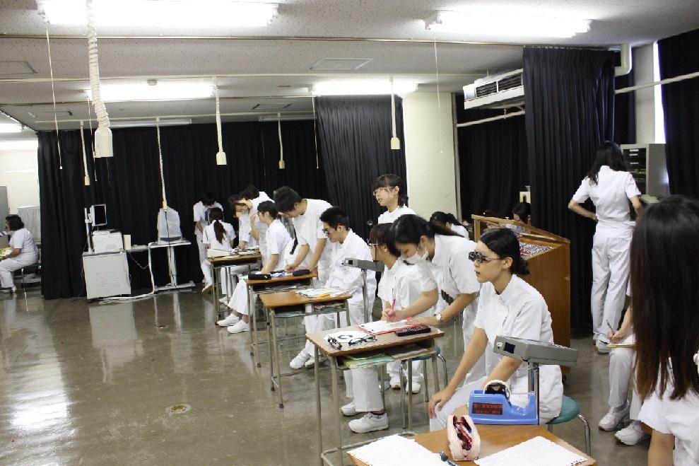 新潟医療技術専門学校画像